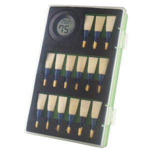 tone-protector-reed-case-green-closed-copy_2030026800